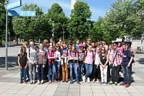 POZNÁVACÍHO zájezdu do sousedního Německa se zúčastnilo 45 žáků.