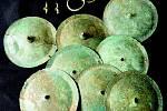 Bronzové faléry z želkovického knížecího hrobu