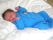 MANŽELŮM Jitce a Filipovi Halaburdovým z Berouna, se 16. července 2017 narodilo druhé děťátko, syn Antonín. Chlapeček v ten den vážil 2,71 kg a měřil 47 cm. Toníka bude dětským světem provázet sestřička Anička (2).