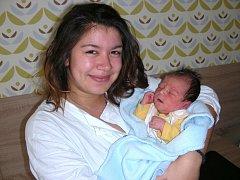 Datum 1. listopadu 2015 má v rodném listě zapsané Marek Vršecký, první potomek maminky Julie Hadadové a tatínka Marka Vršeckého z Berouna. Marečkovi sestřičky na porodním sále navážily 3,26 kg a naměřily 47 cm.