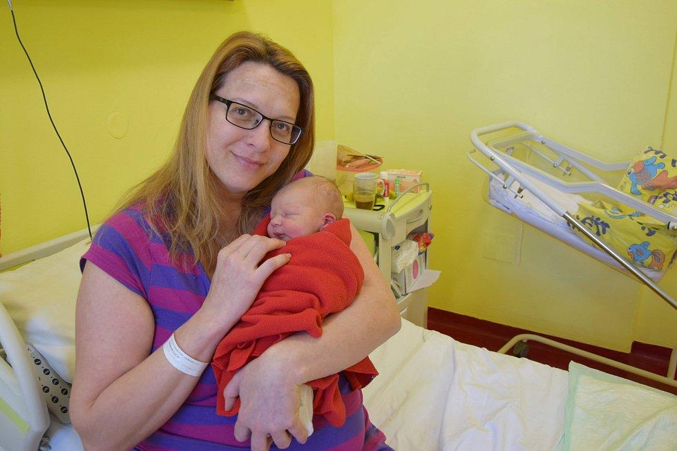 Lukáš Jankovský se Lucii Kulíkové a Tomáši Jankovskému narodil v benešovské nemocnici 8. května 2021 v 15.30, vážil 3900 gramů. Rodina bydlí ve Vlašimi.