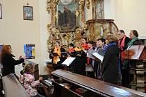 Počapelský kostel slavil