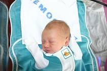 3,30 kg vážil a rovných 50 cm měřil chlapeček Jan Kalous, který se narodil v sobotu 28. 3. Šťastní rodiče Lenka a Richard si svého Honzíčka odvezou domů do Jánské u Loděnic.