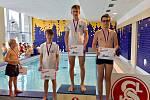 Králodvorští plavci ukázali zdatnost a doplavali si pro čtyři medaile.