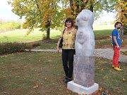 V berounské nemocnici bylo sochařské symposium.