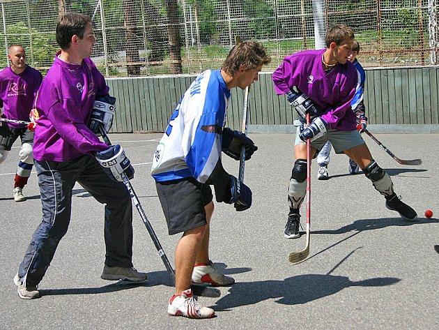 Finále hokejbalového turnaje Memoriál Tomáše Hoskovského 2008