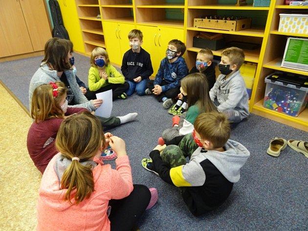 Tříkrálové aktivity vberounské školní družině.