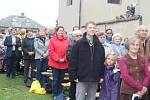 Desítky Ludmil z Česka, ale i Slovenska a stovky dalších lidí přijely v sobotu na Svatoludmilskou pouť, která se už tradičně konala v obci Tetín.