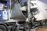Dálnici D5 na několik hodin uzavřela tragická nehoda