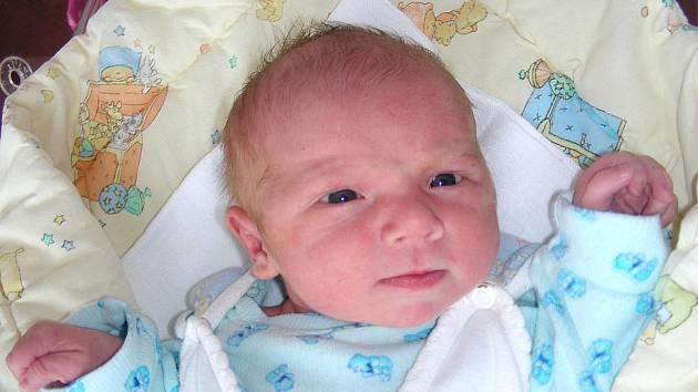 V pátek 5. 2. přivítali společně na světě manželé Andrea a Petr Jandovi synka Patrika. Po narození vážil chlapeček 3,46 kg a měřil 49 cm. Postýlku a kočárek přichystali rodiče pro Patrička doma ve Vysokém Újezdu.