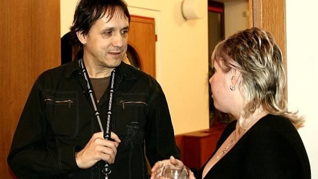 Alena Šustrová vystavuje v Jiné kávě