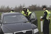 Dálniční policie na D5 při kontrolní akci