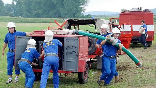 Dobrovolní hasiči z Běštína oslaví 115. výročí založení