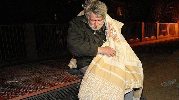 Mrazy ohrožují lidi bez domova