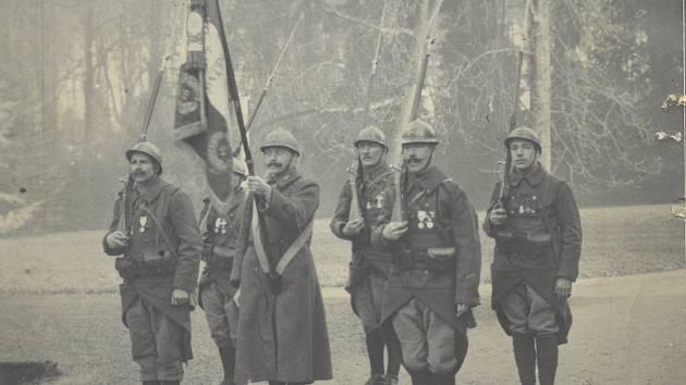 Fotografie československý legionářů, mezi kterými bylo i několik občanů z Berounska.