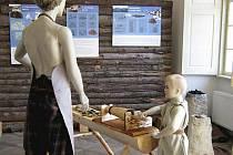 Výstava seznamuje návštěvníky s výrobou železné rudy.