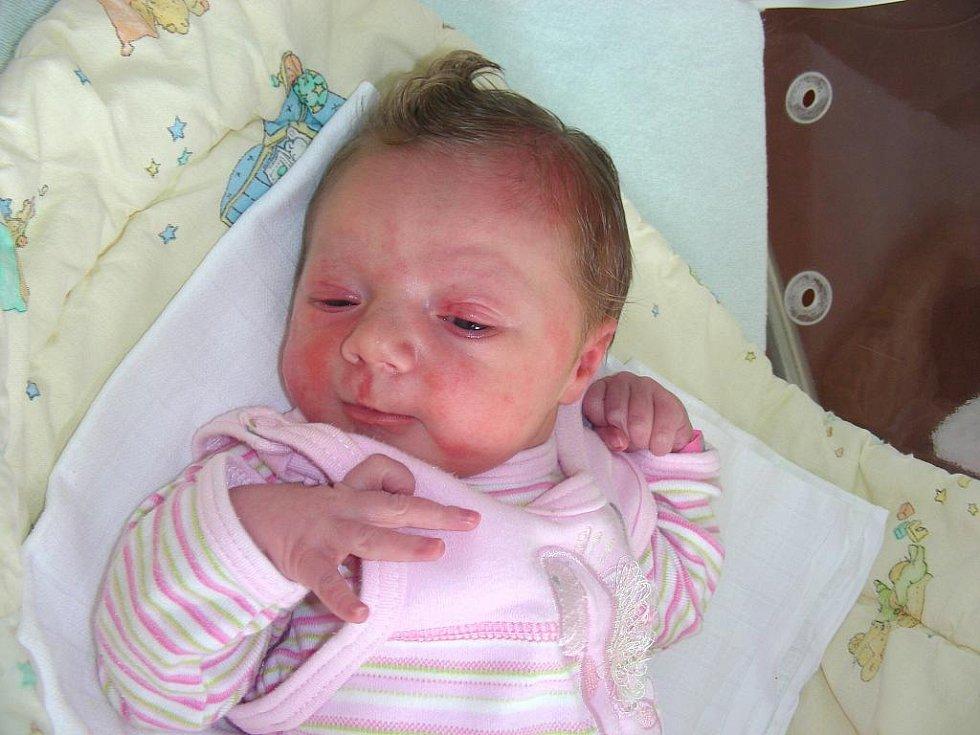 Beroun bude domovem pro Veroniku Brožovskou, první dítko maminky Evy Daňhelkové a Lukáše Brožovského. Verunka se prvně rozkřičela do světa v úterý 23. srpna a v ten den jí sestřičky na porodním sále navážily 3,06 kg a naměřily 49 cm.