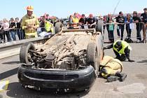 Při Velké ceně Hořovic se představily všechny složky integrovaného záchranného systému, a to hasiči, policisté a zdravotničtí záchranáři. Výkony soutěžících hasičů a doprovodný program si nenechaly ujít zejména základní a také mateřské školy.