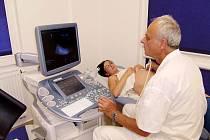 Budoucí maminky vyšetřuje v Hořovicích ultrazvuk ve 4D
