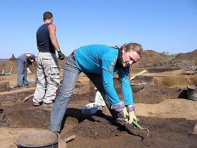 U Lochovic čekaly na archeology nečekané nálezy