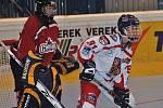 České reprezentantky ve finále mistrovství světa in-line hokeje v Berouně porazily Kanadu 3:1.