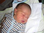 Plzeň bude domovem pro Patrika Bouřu, prvorozeného syna manželů Šárky a Michala. Patrik se narodil v sobotu 19. dubna 2014 a rodiče ho přivedli na svět společně. Chlapeček vážil po narození 3,14 kg a měřil 53 cm.