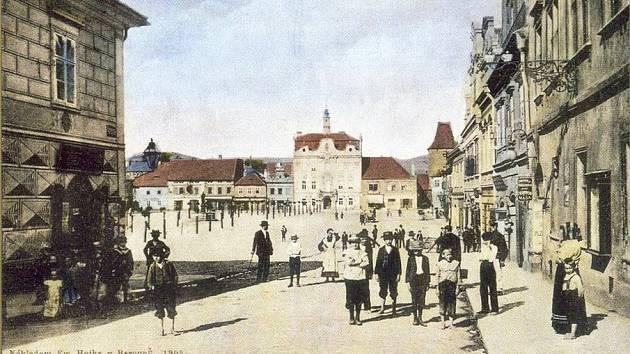 Srovnávací foto Beroun náměstí.