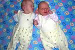 Dvojnásobnou radost mají Jiřina Skálová a Dan Král z Prahy, kterým se 30. října narodila dvojčátka, Anna–Marie a Jakub Královi. Anička přišla na svět v 8.08 hodin, vážila 2,59 kg a měřila 49 cm. Kubíček se narodil o minutku později, vážil 2,79 kg a měřil