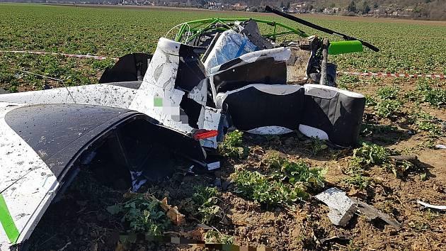 Tragická nehoda malého vrtulníku u Dobřichovic.