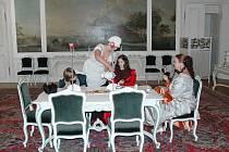 Zámek Hořovice zve o Velikonocích na divadelní prohlídky