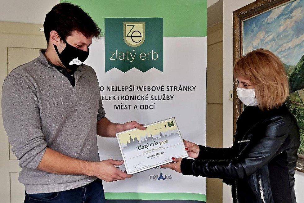 Z vyhlášení výsledků 22. ročníku krajského kola soutěže Zlatý erb 2020 o nejlepší webové stránky a elektronické služby měst a obcí.