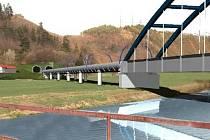 Vizualizace: Součástí modernizace bude i oprava mostu přes Berounku a demolice některých zastávek.