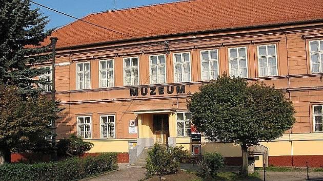Komárovské muzeum umělecké litiny