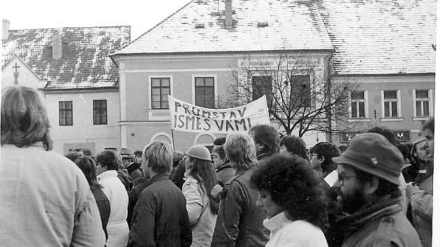 17. listopad 1989 na Berounsku