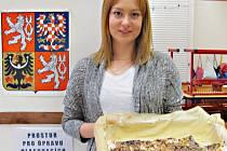 Sandra Nováková byla na své narozeniny ve volební komisi
