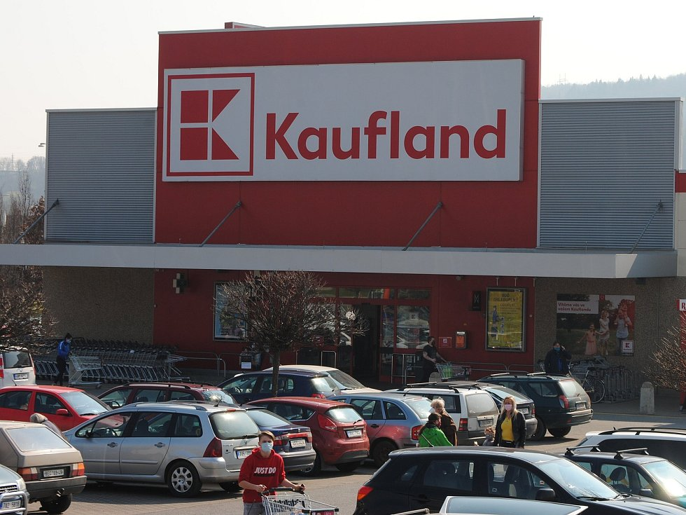 Nakupování v Kauflandu.