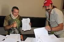 Petici, kterou sepsal  před dvěma týdny  Jiří Míka z Berouna,  už podepsaly tisíce lidí.