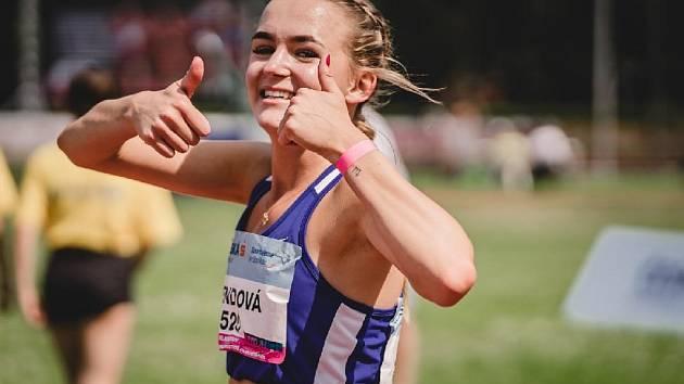 Atletka Ester Bendová.