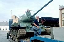 TANK T 34 mohou lidé obdivovat v Army muzeu Zdice