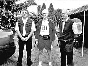 V roce 2005 poměřil s ostatními své síly tehdejší eurokomisař Vladimír Špidla (uprostřed). Vytrvalostního závodu Žebrácká pětadvacítka se zúčastnily i další známé osobnosti, například Jarmila Kratochvílová.