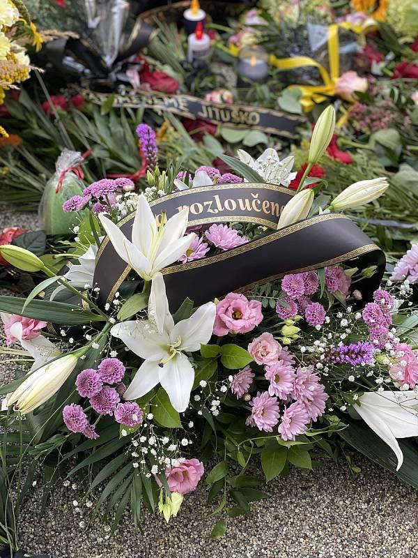 Vzpomínka na zesnulou Jitku Haklovou, bývalou ředitelku Mateřské školy Pod Homolkou v Berouně.