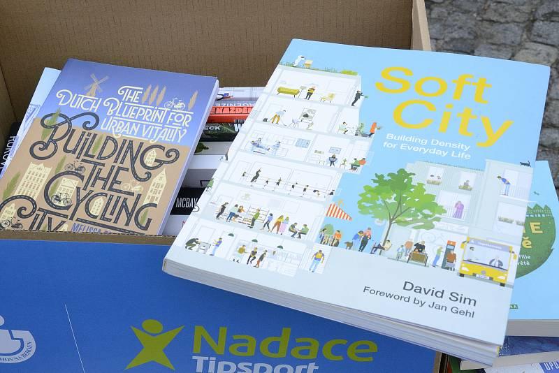 Městská knihovna Beroun dostala nové knížky.