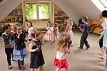 Mateřská škola Školička Kytička v Berouně: děti si nejen hrají, ale také se učí.