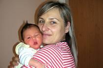 Velkou radost má pětiletá Sárinka Čandová, ke které přibyla sestřička Sofie. Sofinka se narodila 29. listopadu manželům Radce a Petrovi z Krásné Hory nad Vltavou. Holčička vážila po porodu 3,73 kg a měřila 52 cm.