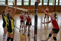 Z utkání volejbalového krajského přeboru I. třídy žen Zdice - Mělník.