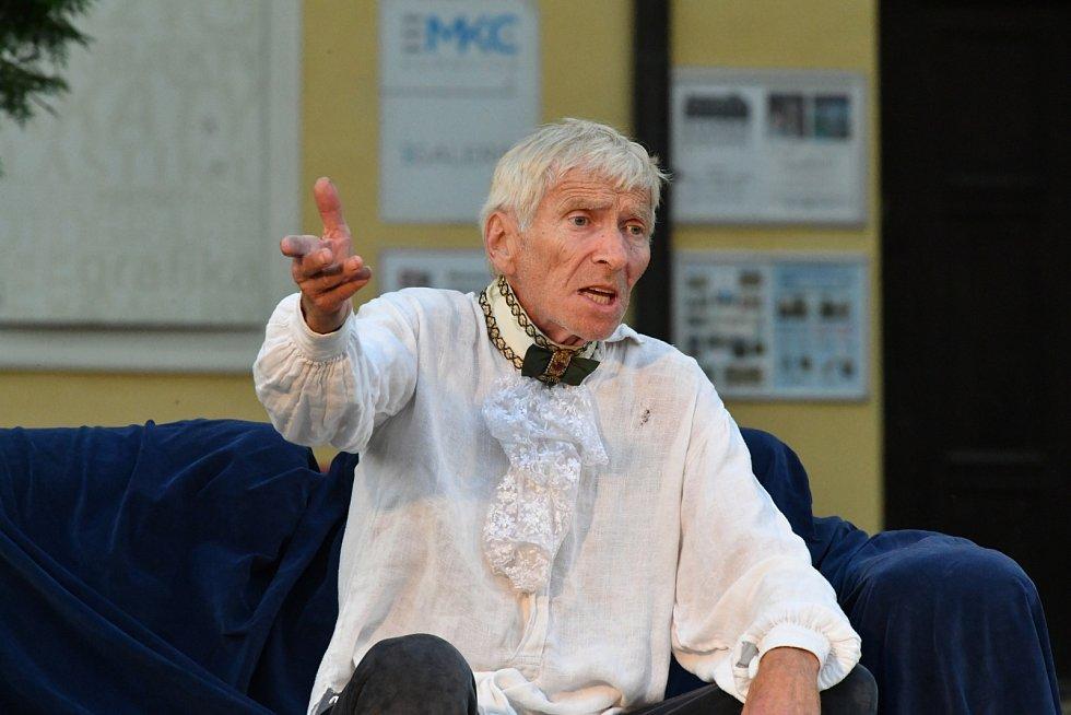 Z divadelního představení Casanova na Starém zámku v Hořovicích.