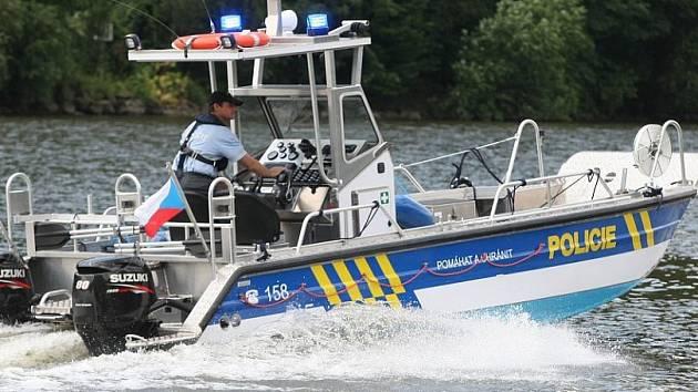 Policejní plavidlo - ilustrační foto