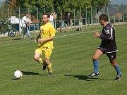Na hřišti v Oseku se hrál dobrý duel třetí třídu s výhrou domácích Chaloupek 3:2.