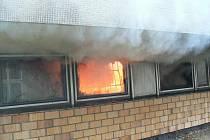 Požár v pojišťovně založili dva nezletilí kluci