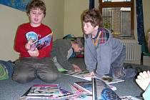 Školáci v berounské knihovně.
